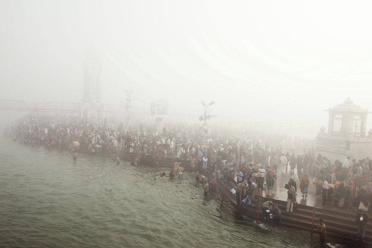 giulio di sturco ganges death of a river burn magazine hindu devotees bathe in the ganges during the kumbh mela 2010