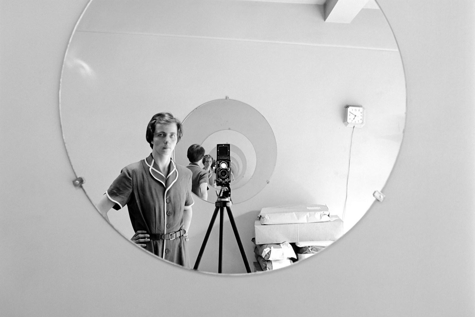 mendo_book_Vivian-Maier-Self-Portrait02